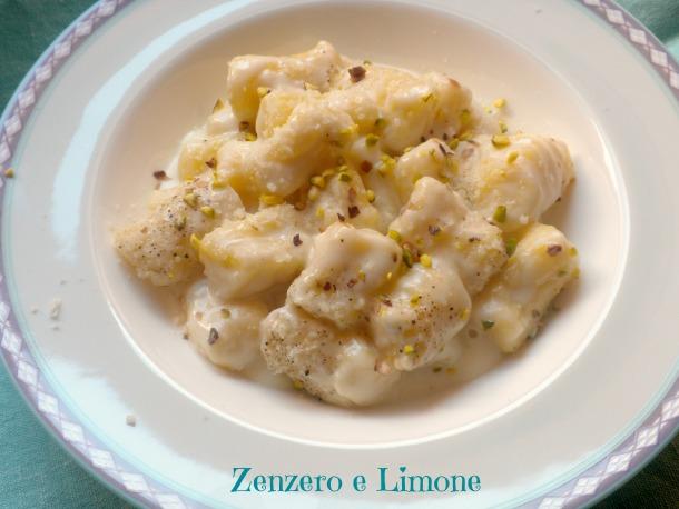 gnocchi di patate alla fonduta