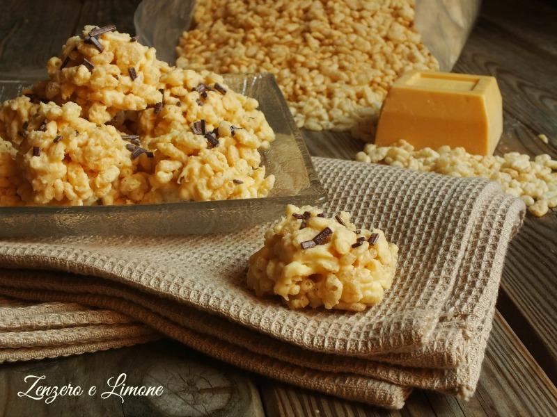 dolcetti di riso soffiato e cioccolato bianco