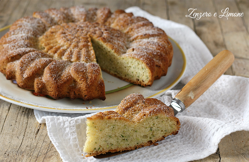 torta dolce di zucchine - fetta