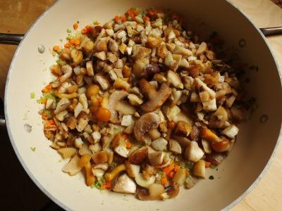 cuocere finch si sar un po riassorbita lacqua di vegetazione dei funghi