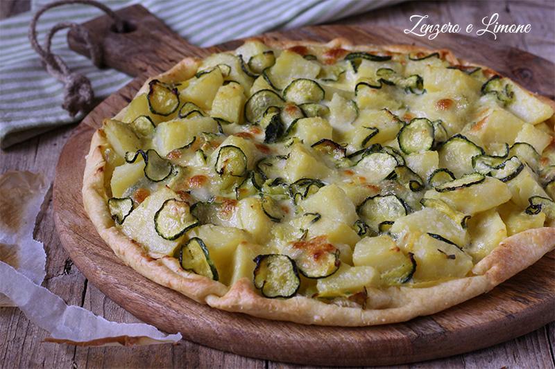 torta salata con zucchine patate mozzarella