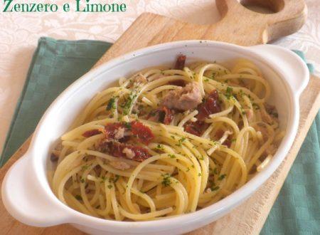 Spaghetti with tuna and capers