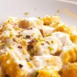 gnocchi di zucca e patate con crema di taleggio -