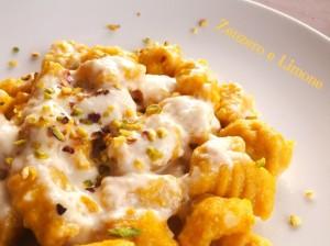 gnocchi di zucca e patate con crema di taleggio