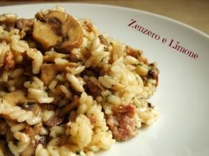 risotto funghi champignon e salsiccia