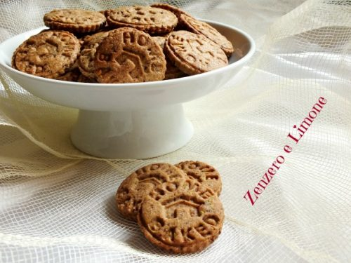 Biscotti di frolla al cioccolato e pistacchi