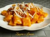 gnocchi di carote con sugo semplice -