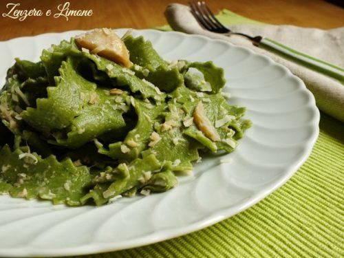 Pappardelle verdi con sugo di carciofi