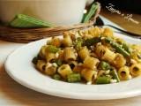 ditaloni con fagiolini e mollica croccante