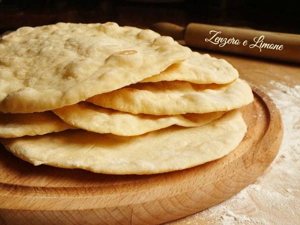 Ricetta Per Naan Pane Indiano.Pane Naan Ricetta Pane Indiano Zenzero E Limone