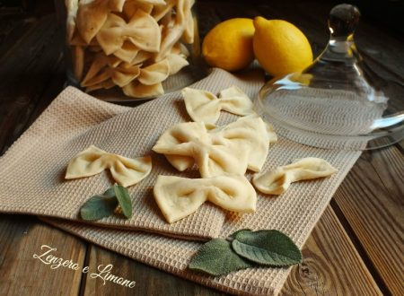 Crackers alla salvia e limone