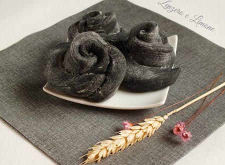 Roselline di pane al carbone vegetale