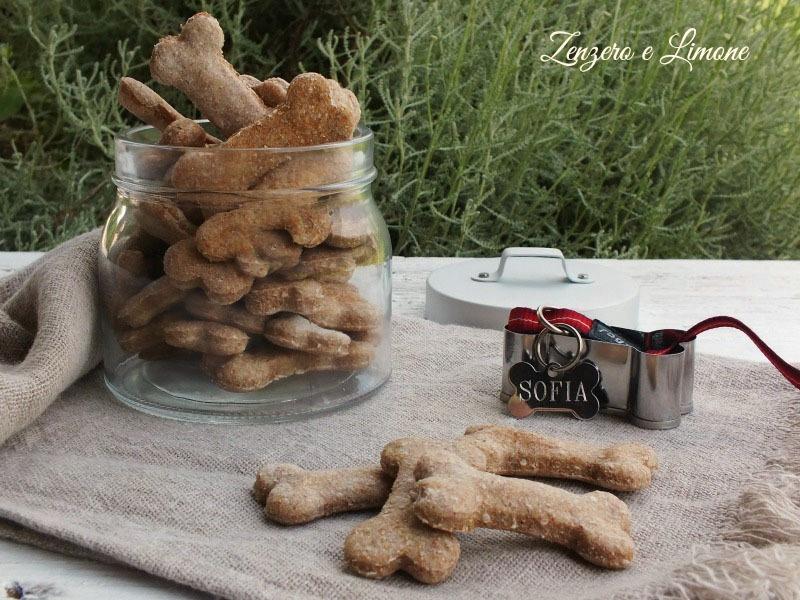 Biscotti per cani alle patate