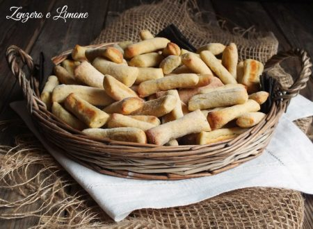 Bastoncini di patate e formaggio