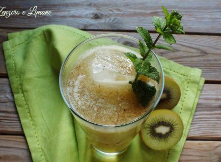 Bibita al kiwi e menta