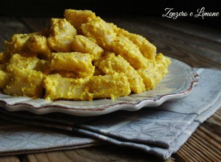 Gnocchi di patate e topinambur con crema di curcuma