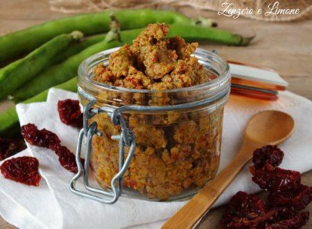 Pesto di fave e pomodori secchi