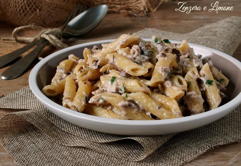 Pasta Tonno e Olive Nere