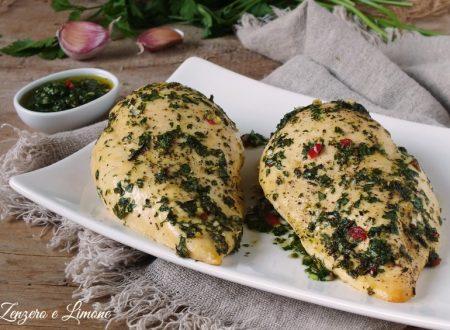 Petto di pollo con salsa chimichurri