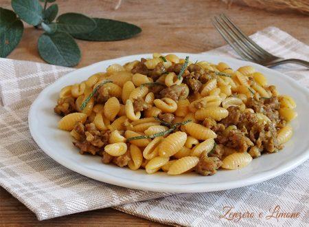 Gnocchetti sardi alla salsiccia e curry