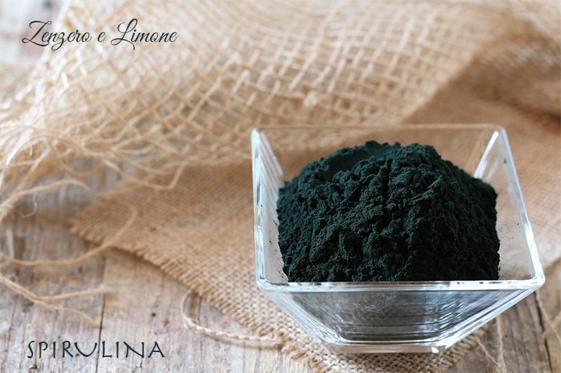 alga spirulina capelli