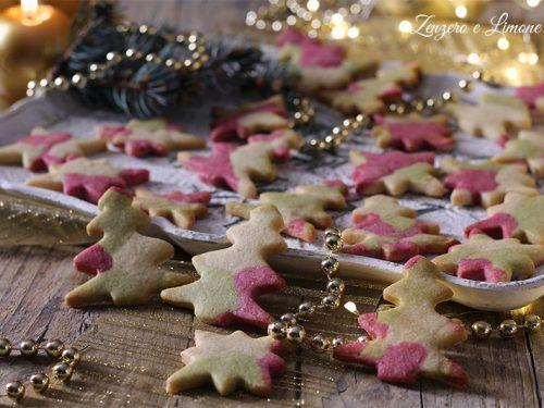 Biscotti natalizi colorati