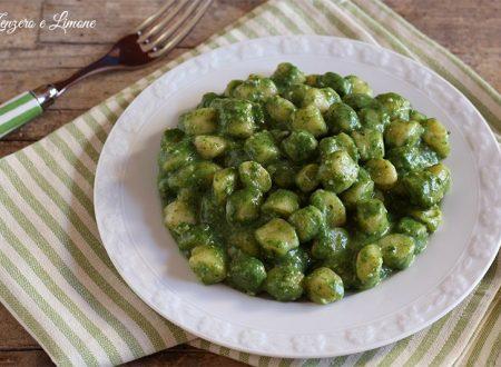 Gnocchetti agli spinaci e gorgonzola