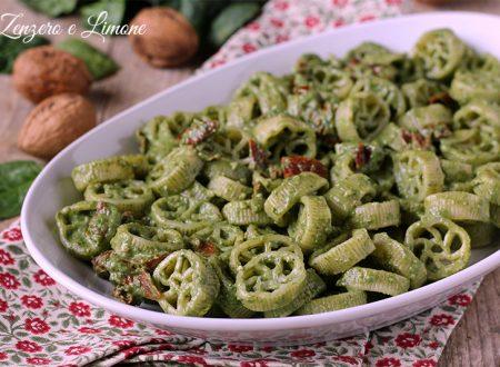 Pasta agli spinaci