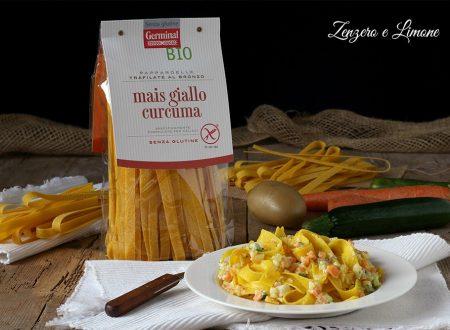 Pappardelle di mais alla curcuma e verdure
