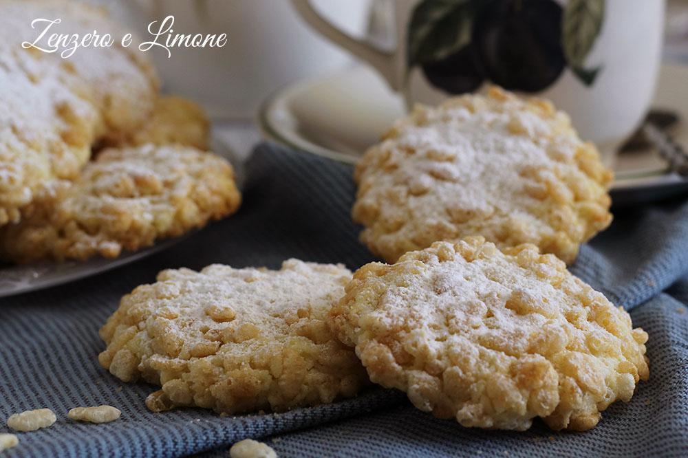 biscotti con il riso soffiato - dettaglio