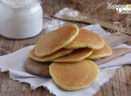 Pancakes salati | ricetta senza olio né burro