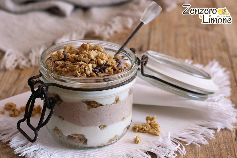 dessert allo yogurt bicolore