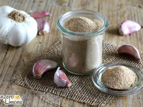 Sale aromatizzato con aglio