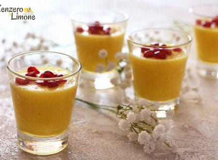 Bicchierini dolci all'ananas