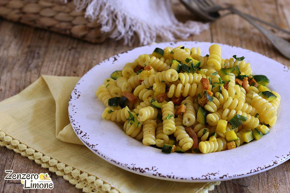 Ricetta Pasta Zucchine E Zafferano.Pasta Zucchine Speck E Zafferano Zenzero E Limone