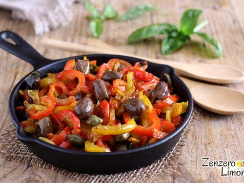 Sugo di peperoni e olive