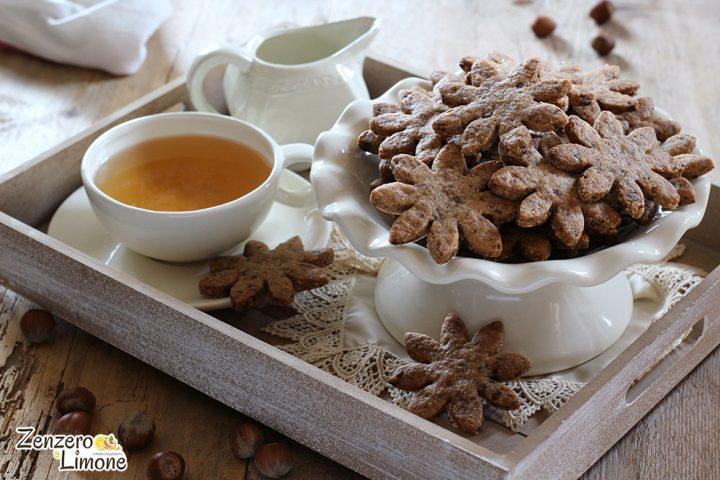 Biscotti nocciole e cioccolato