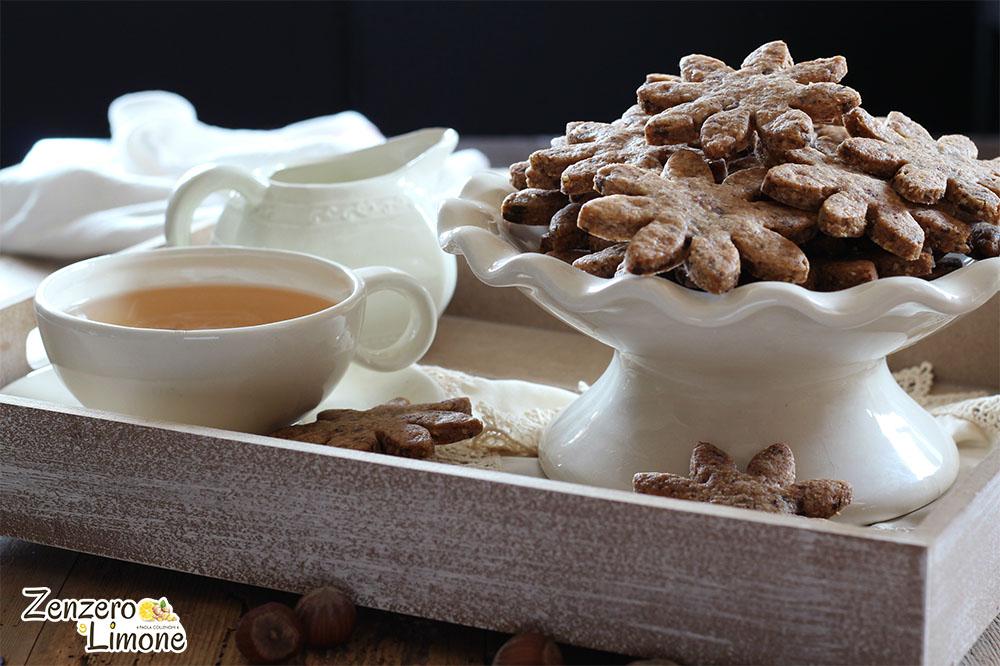 Biscotti nocciole e cioccolato frontale