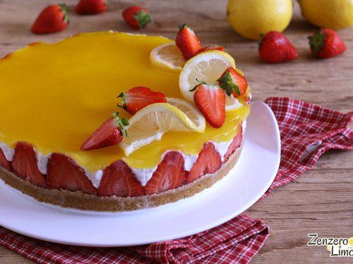 Cheesecake al limone e fragole