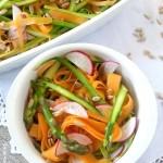Insalata di asparagi crudi e carote