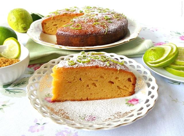 Torta glassata al lime e panna acida - senza burro