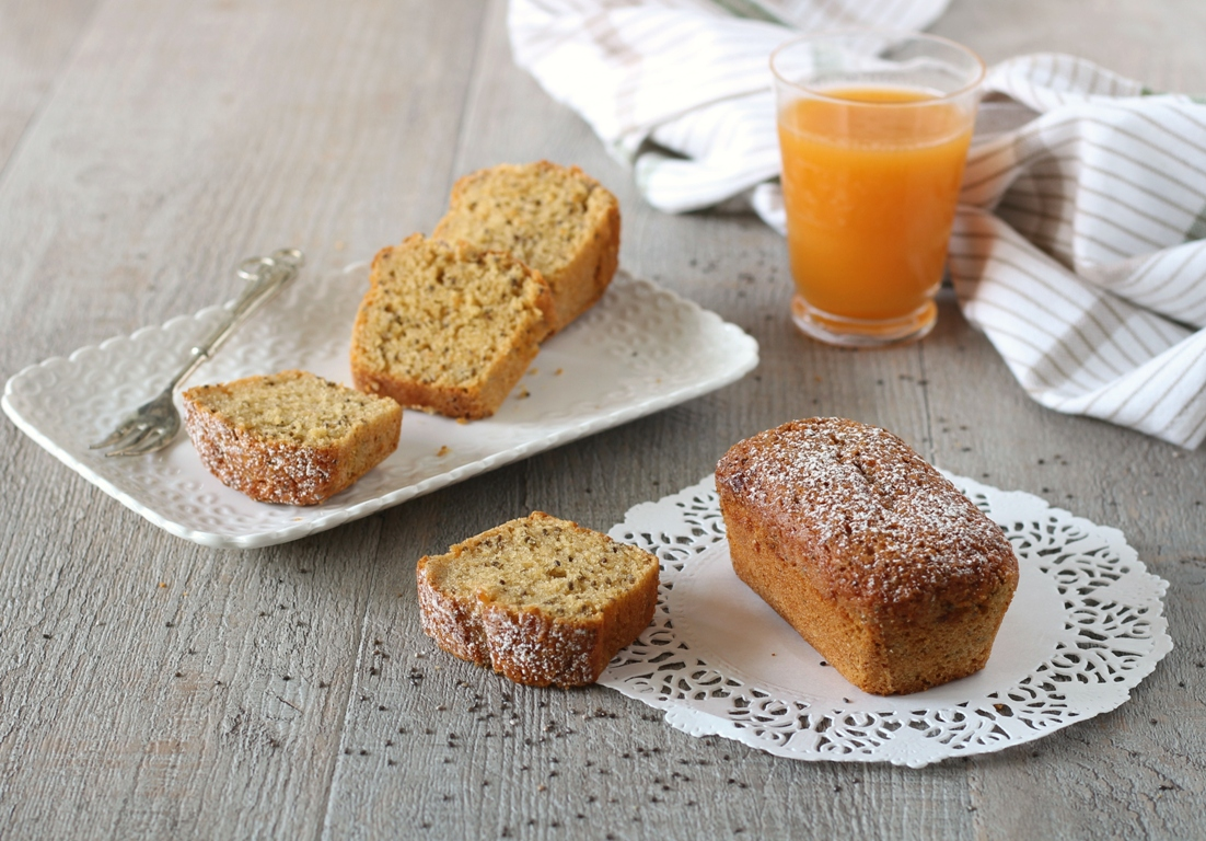 Plumcake vegani succo di frutta e chia - orizzontale