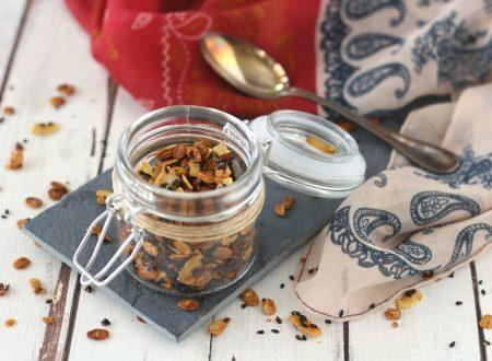 Granola salata in padella ricetta veloce