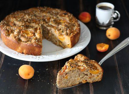 Torta integrale con albicocche miele e menta