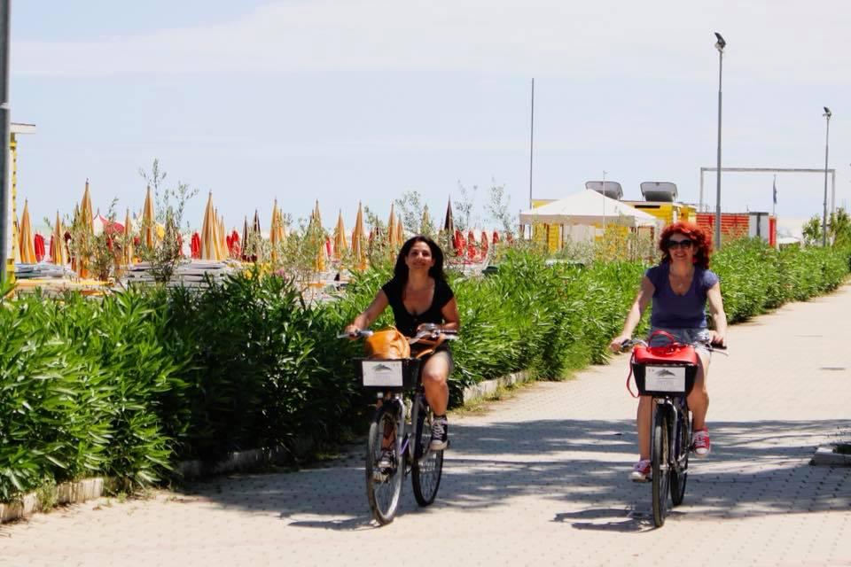 Blogtour nel Piceno a Grottammare e Cupra Marittima pista ciclabile