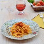 Spaghetti con ragù vegetariano