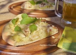Pizza con patate e pancetta