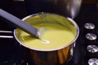 Crostata Mimosa con crema all'arancia