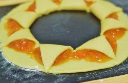 crostata sole con confettura di albicocche