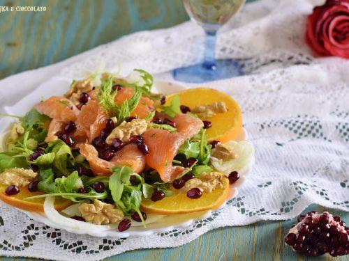 Salmone marinato su insalatina invernale